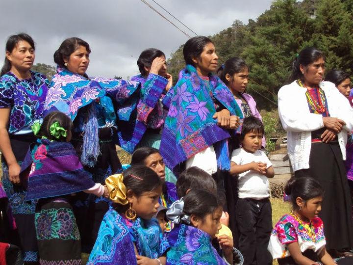 """""""Mujeres mayas, mujeres nuevas"""". Exposición fotográfica"""